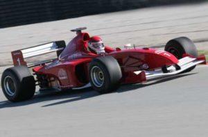 Formel 1 Wagen selber fahren mit unglaublicher Beschleunigung