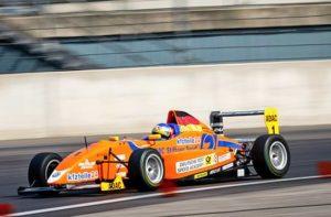 Formel Wagen fahren am Spreewaldring