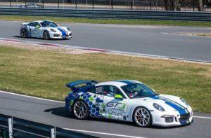 Porsche Rennauto fahren