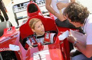 Formel 1 Auto fahren mit Wippschaltung